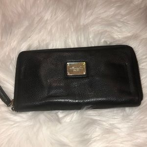 Kenneth Cole leather wallet good condition